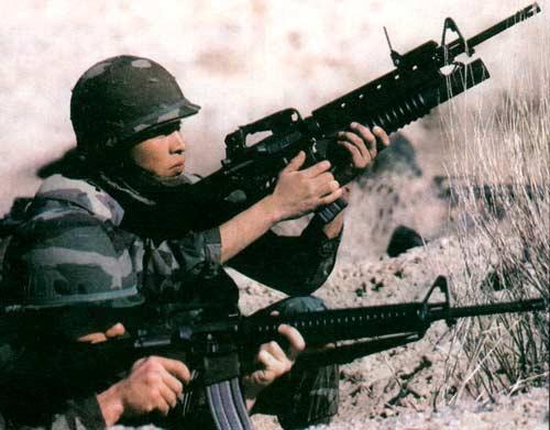 М16А2 — 5, 56-мм автоматическая штурмовая винтовка